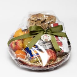 This hamper consists of fresh fruit, juice, orange whisky marmalade, tea and a large packet of rusks. Perfect way to start your breakfast. Birthday, Gift for her, Breakfast, Treat, Deliver Port Elizabeth and surrounding areas.
