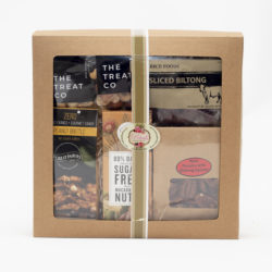 This diabetic sweet and savoury hamper caters for diabetics and those eating healthier. We have biltong, nuts, sugar-free chocolates for you to enjoy.
