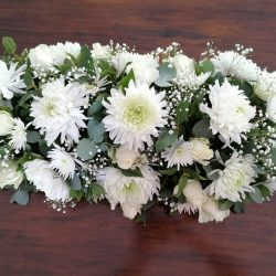 Coffin Spray, Available in small, standard or large. Please specify colour of choice. We deliver in Port Elizabeth, Despatch, Uitenhage and surrounding areas.